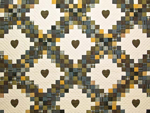 King Plaid with Hearts Triple Irish Chain Quilt Photo 3
