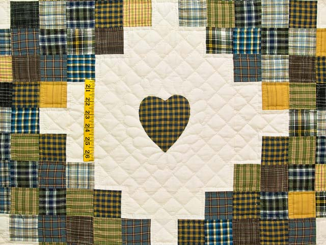 King Plaid with Hearts Triple Irish Chain Quilt Photo 4