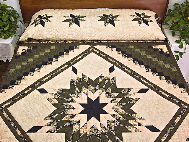 Moss Peach and Black Lone Star Trip Quilt Photo 1
