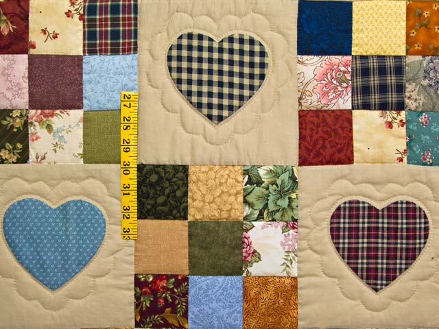 King Olive Green Burgundy and Multi Hearts and Nine Patch Quilt Photo 4