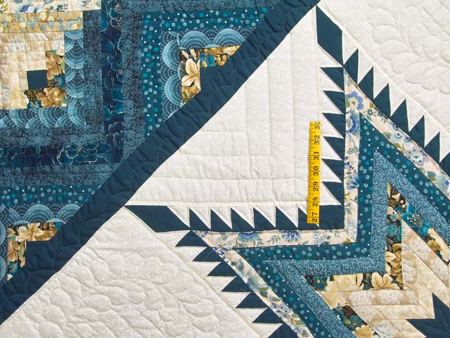 Watery Blue and Gold Feathered Star Log Cabin Quilt Photo 4
