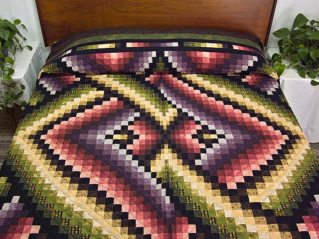 Multicolor Bargello Links Quilt Photo 1