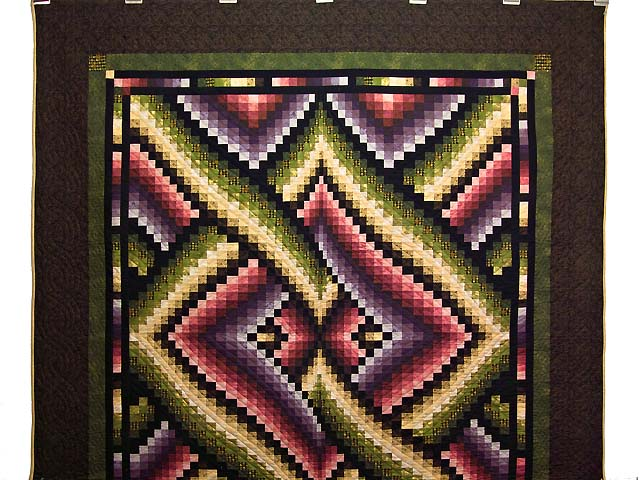 Multicolor Bargello Links Quilt Photo 2