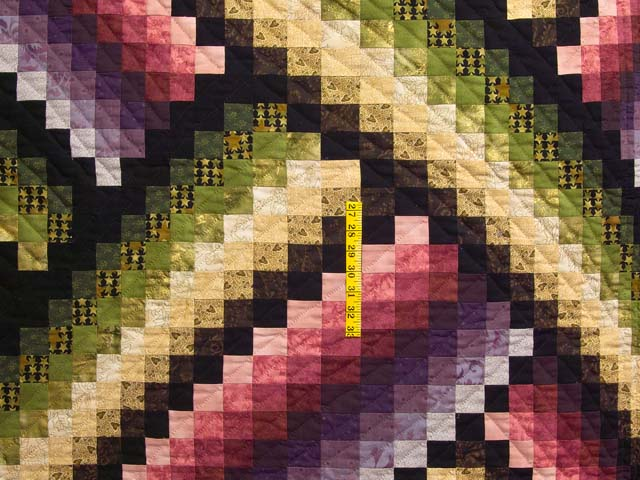 Multicolor Bargello Links Quilt Photo 4