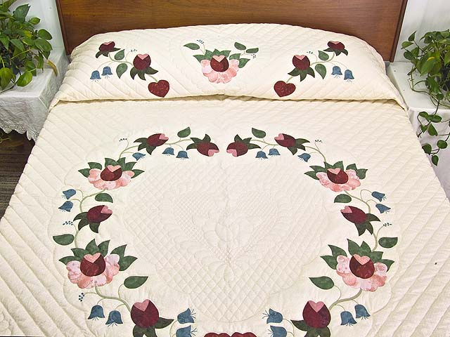 King Rose Blue and Green Heart of Roses Quilt Photo 1