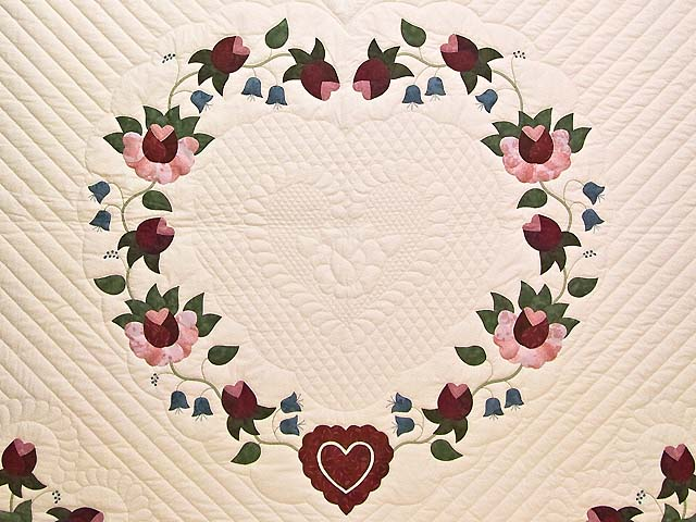 King Rose Blue and Green Heart of Roses Quilt Photo 3