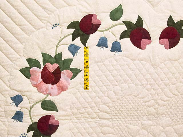 King Rose Blue and Green Heart of Roses Quilt Photo 4
