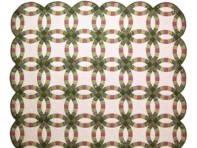 Green and Rose Double Wedding Ring Quilt Photo 2