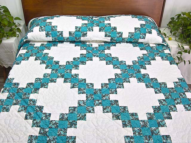 Aqua Blue and Brown Double Irish Chain Quilt Photo 1