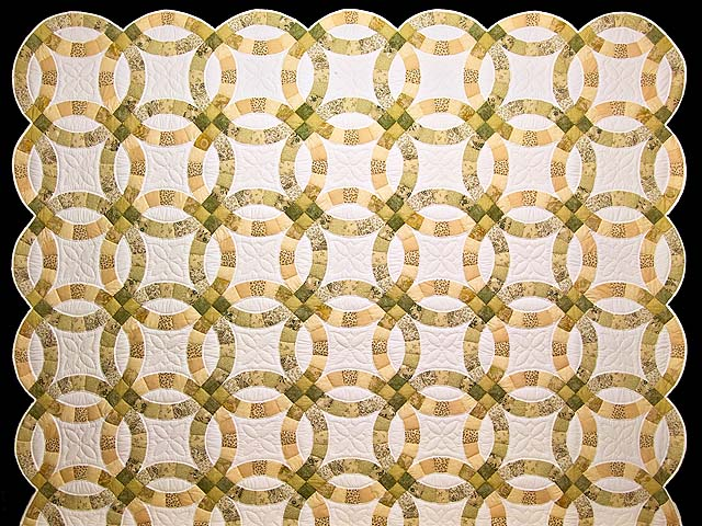 Moss and Golden Tan Double Wedding Ring Quilt Photo 2