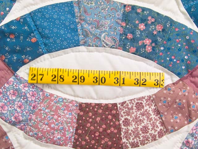 Blue and Rose Double Wedding Ring Quilt Photo 6
