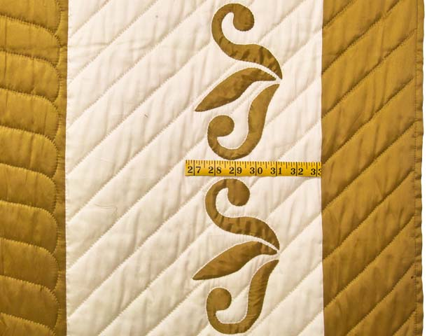King Burnished Gold Naomi Quilt with Shams Photo 7