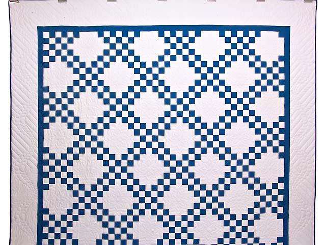 Blue and Cream Double Irish Chain Quilt Photo 2