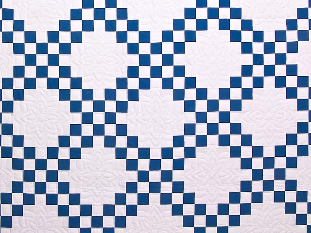 Blue and Cream Double Irish Chain Quilt Photo 3