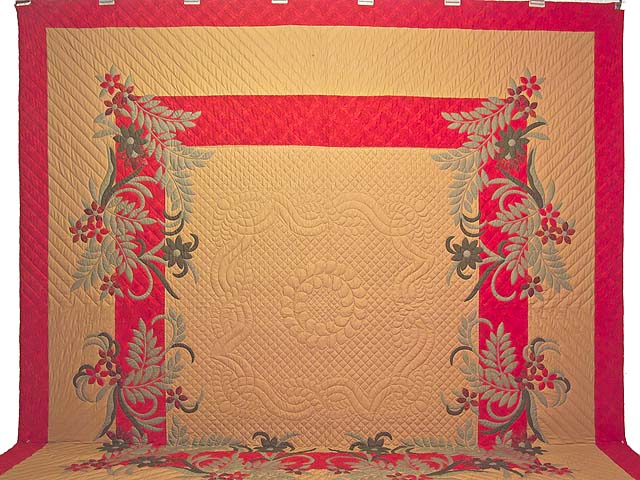 King Frieda Quilt with Shams Photo 2