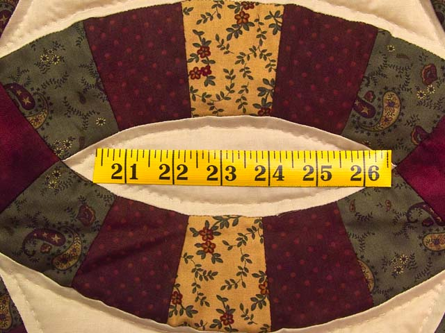 Moss Burgundy and Golden Tan Double Wedding Ring Quilt Photo 6