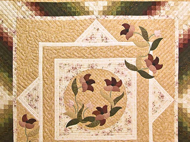 Dusty Rose and Golden Tan Rainbow Reflections Quilt Photo 3