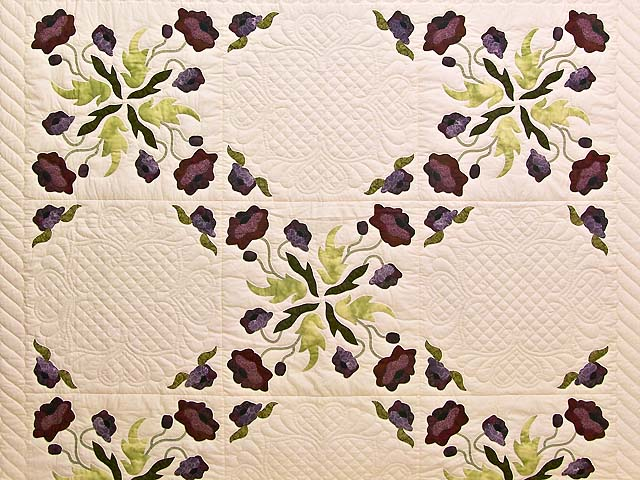 Plum Rose and Willow Poppy Fields Quilt Photo 3