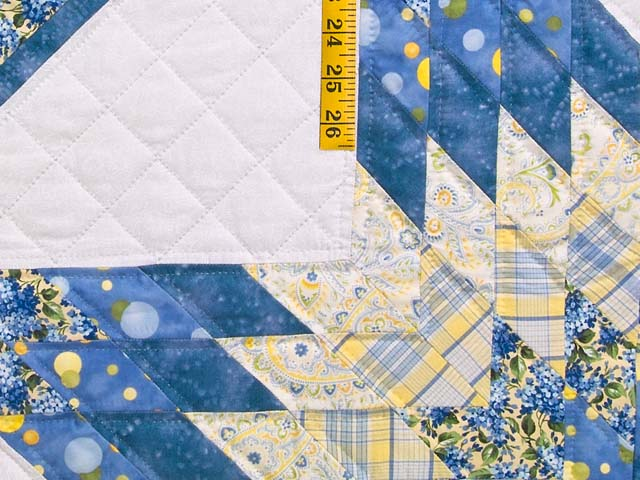 Pastel Blue and Yellow Lone Star Trip Quilt Photo 6
