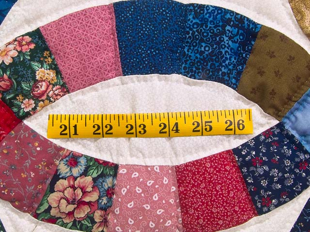 Multicolor Double Wedding Ring Quilt Photo 6
