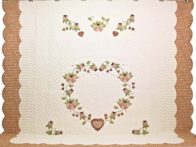 King Peach and Green Heart of Roses Quilt Photo 2