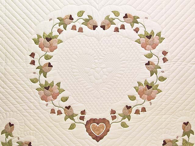 King Peach and Green Heart of Roses Quilt Photo 3
