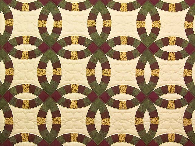 Green Burgundy and Tan Double Wedding Ring Quilt Photo 3