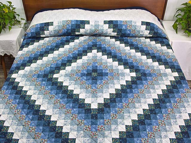Blue Navy and Cream Trip Around the World Quilt Photo 1