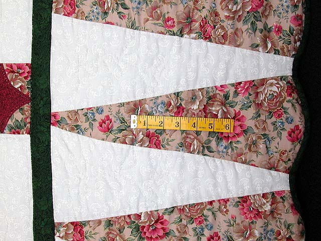 King-size Rose and Green Dahlia Quilt Photo 6