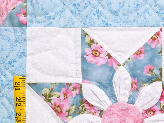 Pastel Blue and Rose Dahlia Star Quilt Photo 5
