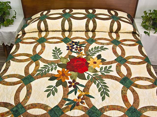 King Brown and Emerald Green New Ring Quilt Photo 1