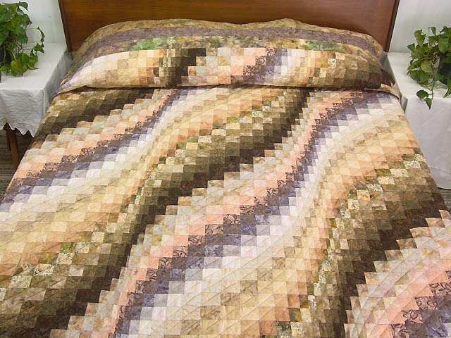 Plum Moss and Salmon Bargello Wave Quilt Photo 1