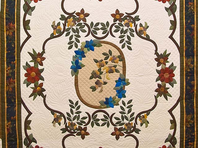 King Rose of Sharon Quilt Photo 3