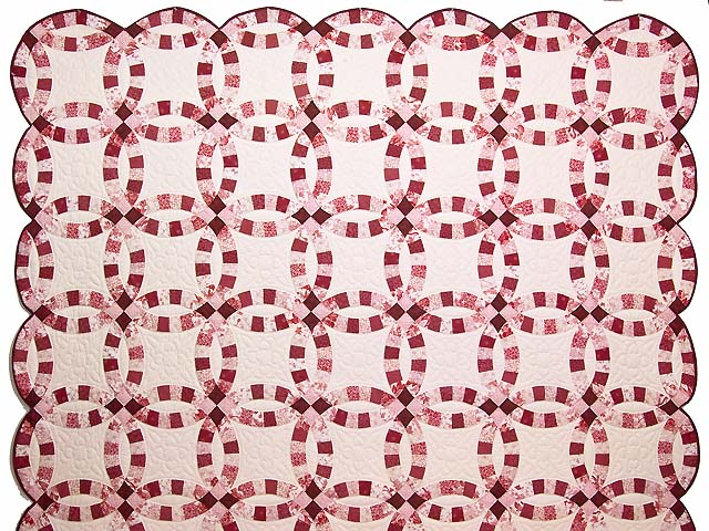 Scarlet and White Double Wedding Ring Quilt Photo 2