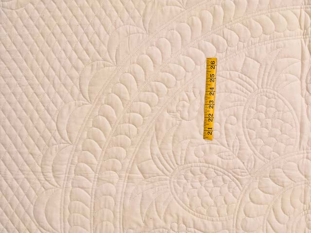 King All-Quilted Pineapple Quilt Photo 4