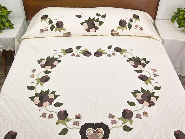Plum Mauve and Green Heart of Roses  King Size Bed Quilt Photo 1