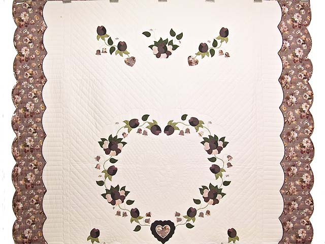 Plum Mauve and Green Heart of Roses  King Size Bed Quilt Photo 2