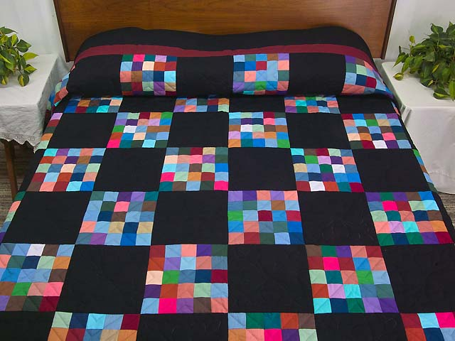 Almost Amish Alternating Blocks Quilt Photo 1