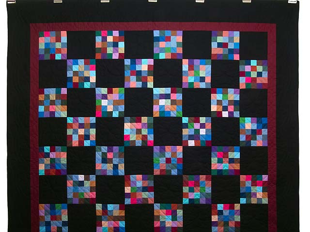 Almost Amish Alternating Blocks Quilt Photo 2