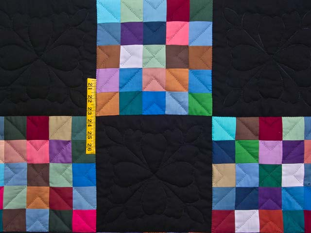 Almost Amish Alternating Blocks Quilt Photo 4