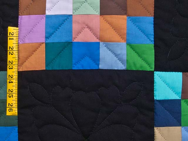 Almost Amish Alternating Blocks Quilt Photo 5