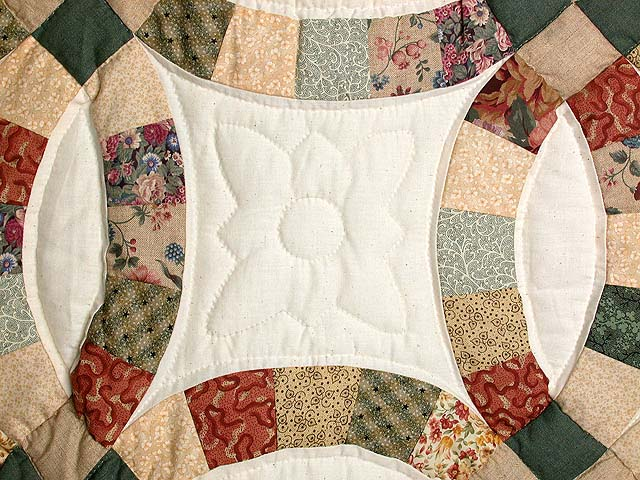 Earth-Tones Double Wedding Ring Quilt Photo 4