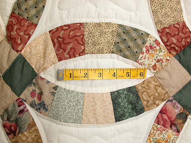 Earth-Tones Double Wedding Ring Quilt Photo 5