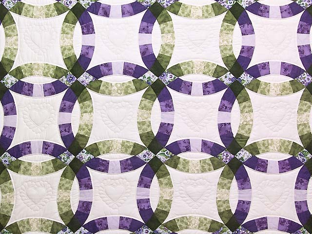 Green and Purple Double Wedding Ring Quilt Photo 3