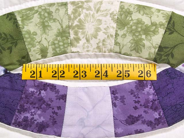 Green and Purple Double Wedding Ring Quilt Photo 6