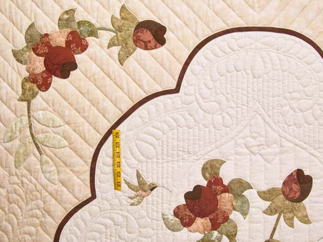 Rose Sage and Taupe Lancaster Treasures Quilt Photo 4