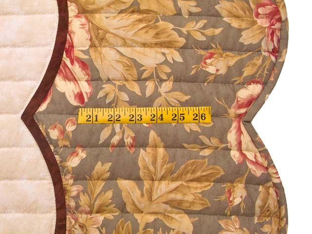 Rose Sage and Taupe Lancaster Treasures Quilt Photo 7
