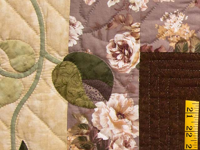 Plum and Green I Promised You a Rose Garden Quilt Photo 6
