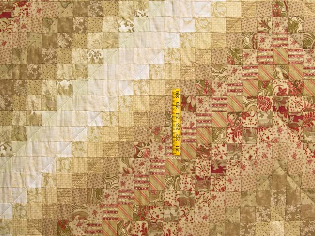 Gold and Crimson Trip Around the World Quilt Photo 4