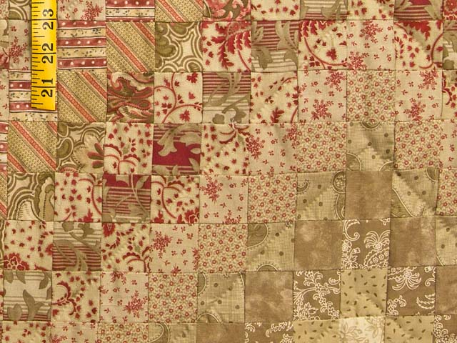 Gold and Crimson Trip Around the World Quilt Photo 5